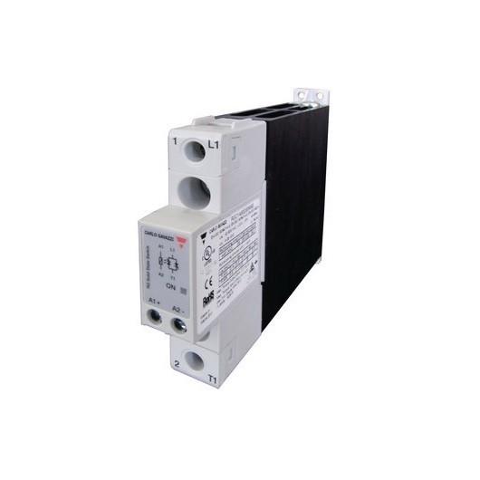 Relé de estado sólido, monofásico con disipador, Intensidad nominal 25A, tensión nominal 600 VAC, alimentación DC, RGC1A60D25K