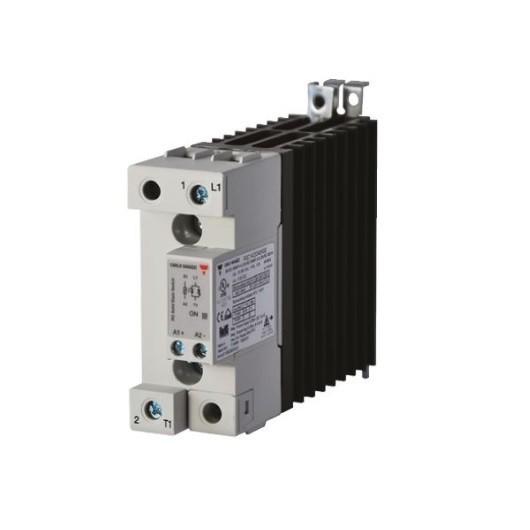 Relé de estado sólido, monofásico con disipador, Intensidad nominal 30A, tensión nominal 600 VAC, alimentación AC, RGC1A60A40K
