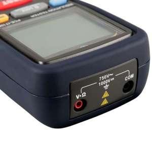 Medidor de aislamiento PCE IT100